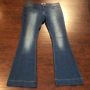 Denim - 🔥Tall Girls Dream Bell Bottom Jeans